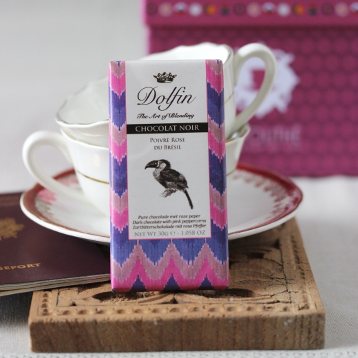 Chocolat noir au poivre rose box the envouthe surprise