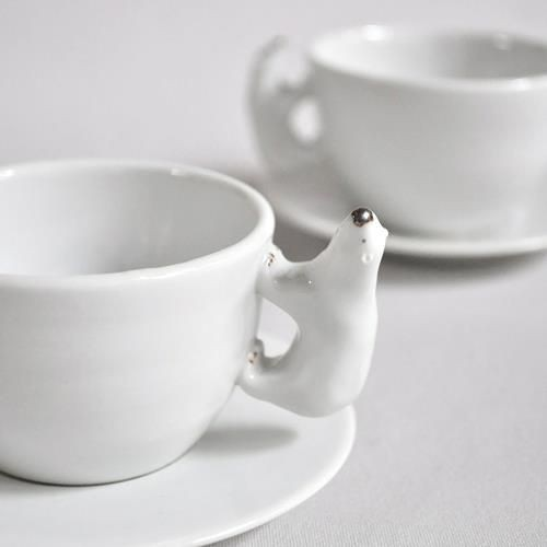 Les tasses à manche en forme d'ours polaire d'Ametsuchi