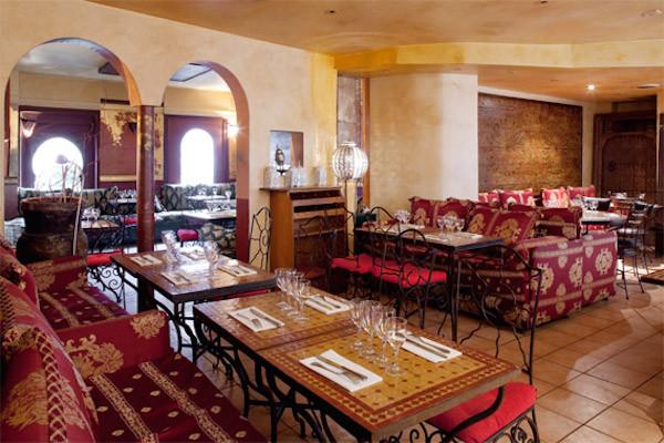 les meilleurs salons de th orientaux de france le th en orient. Black Bedroom Furniture Sets. Home Design Ideas