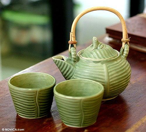 Un service à thé grenouille de Putu Oka Mahendra