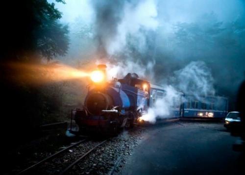 Darjeeling Himalayan Railway, Inde